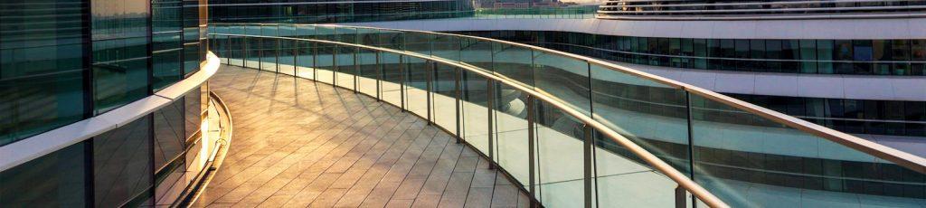 PROFTEK. Cortinas de Cristal. Cerramientos, Toldos, Pérgolas y Porches